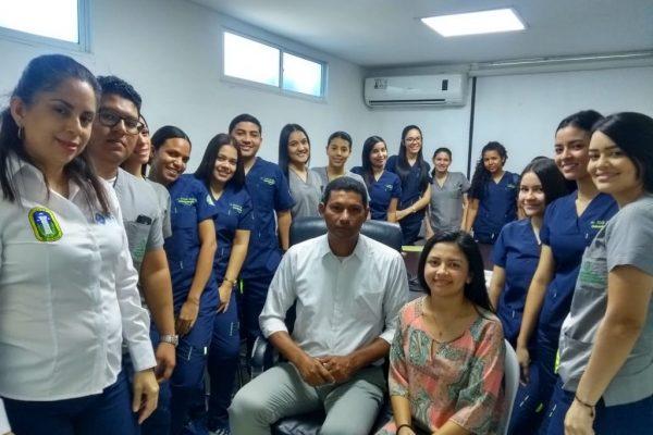 Inducción a estudiantes en práctica que llegan al HMI