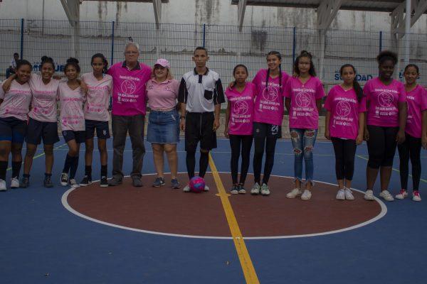 Con fútbol, mujeres soledeñas finalizan actos conmemorativos del mes de la prevención del cáncer de seno