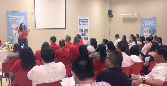 Hospital de Soledad Materno Infantil inicia su Feria de la Seguridad y Salud en el Trabajo