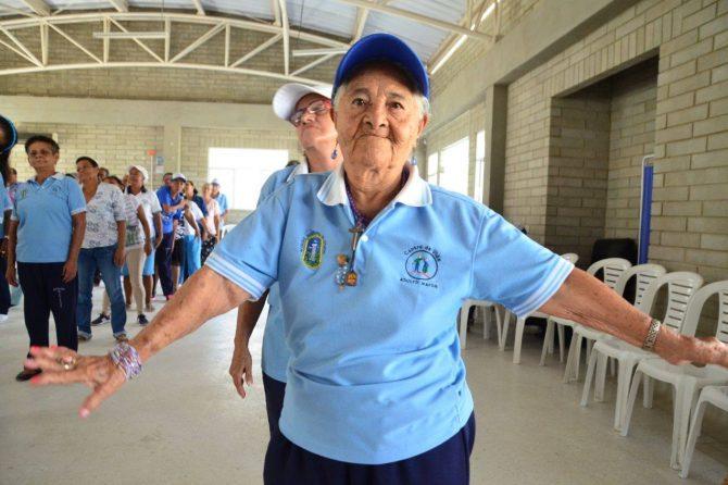 200 adultos mayores de Soledad disfrutaron de jornada de salud
