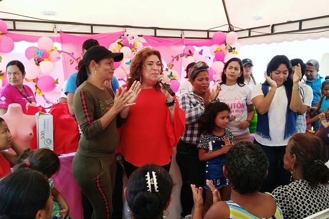 425 mujeres de sectores vulnerables de Soledad recibieron atención  en el barrio El Tiburón