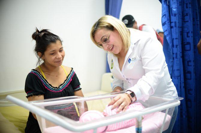 Nivel de satisfacción de usuarios del Hospital Materno es del 94 por ciento