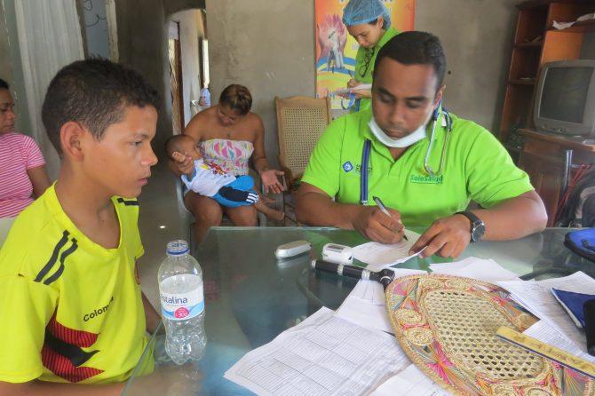 El Materno y Edumas atendieron a los moradores del barrio Renacer