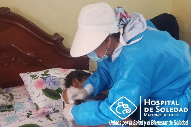 Casa a Casa en Soledad se buscan a los adultos mayores para vacunarlos