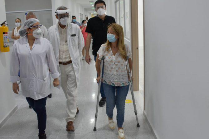 Gobernadora invitó a adultos mayores de Soledad a vacunarse contra el Covid-19