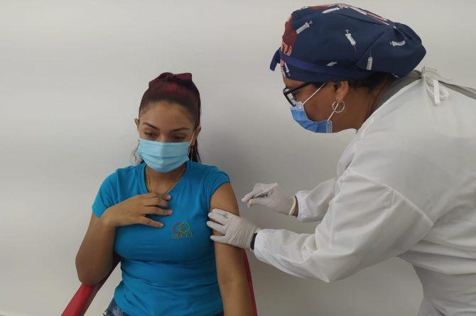 Soledad comienza vacunación contra Covid-19 para población entre los 16 y 40 años de edad con comorbilidades