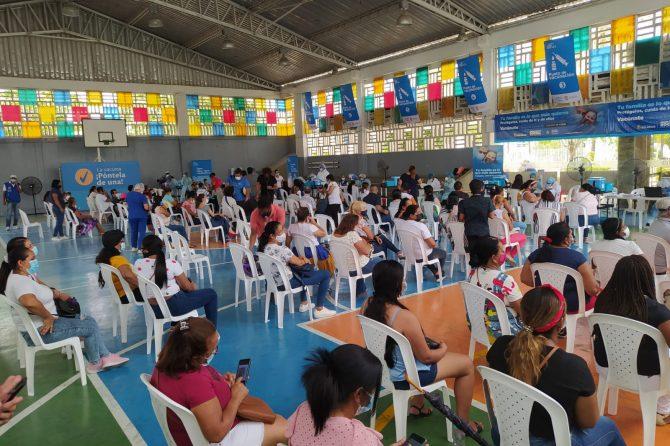 En Soledad, trasladan puestos de vacunación Covid-19 al punto masivo Combarranquilla y Centro de Salud La Central